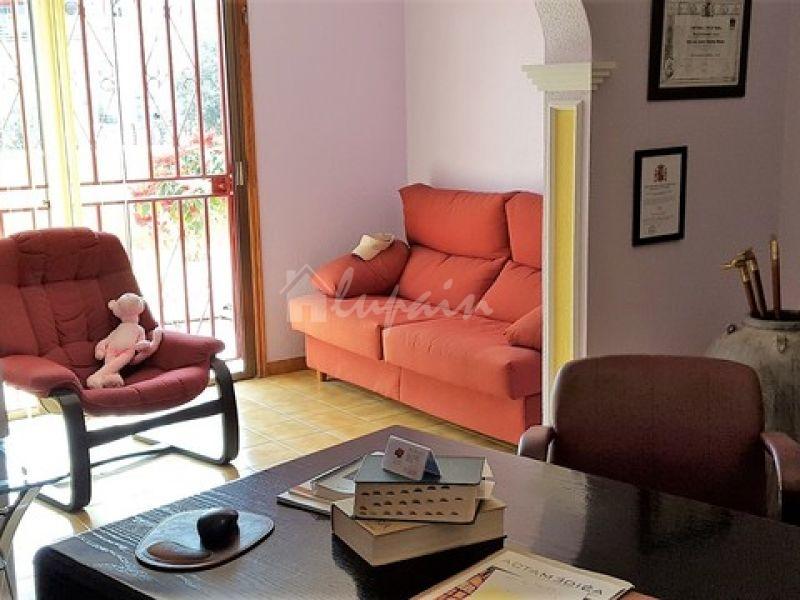3 Bedroom Apartment In Topaze Complex For Sale In Callao Salvaje Lp33176