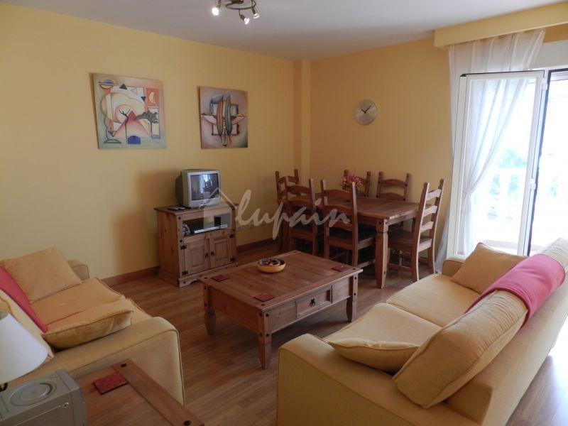 3 Bedroom Apartment In Vistahermosa Complex For Sale In Los Cristianos Lp33058