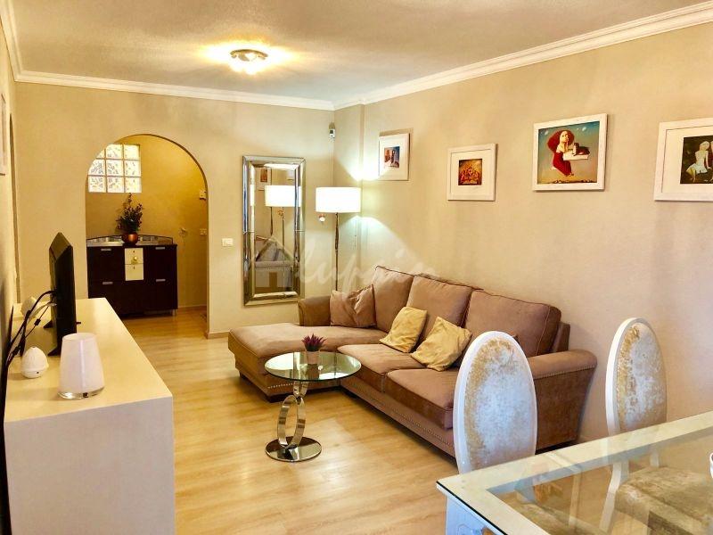 3 Bedroom Apartment In Aneto Ii Complex For Sale In Parque De La Reina Lp33131
