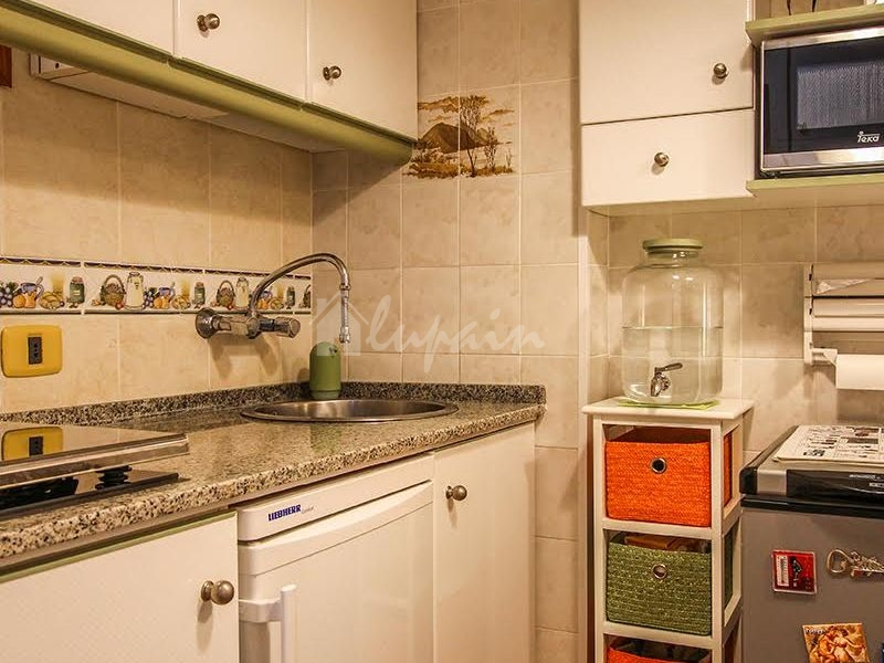 1 Bedroom Apartment In Los Angeles Complex For Sale In Los Cristianos Lp11814