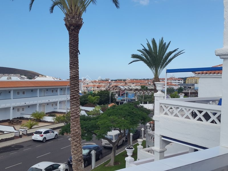 1 Bed Apartment With Sea View In Royal Palm For Sale In Los Cristianos Lp11519