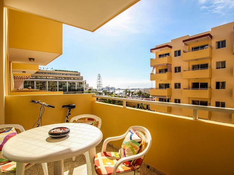 1 Bedroom Apartment In Los Angeles Complex For Sale In Los Cristianos Lp11813