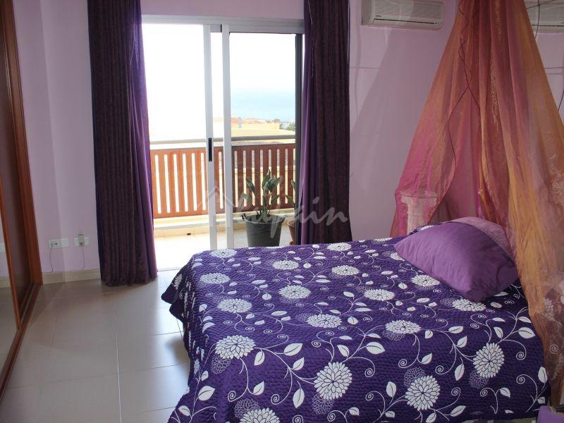 3 Bedroom Apartment In Las Eras Complex For Sale In El Galeon Lp3914